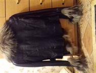 Продаю кожаную женскую куртку Продам женскую кожаную куртку с мехом на осень-весну. Мех чернобурка, цвет черный. Размер 46-48. В отличном состоянии., Тюмень - Женская одежда